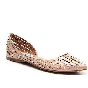 Steve Madden NWOT Evita Cream Pointed Toe Flats